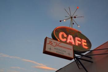 ben's-cafe_06.jpg