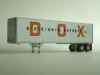trailer_DOX.jpg