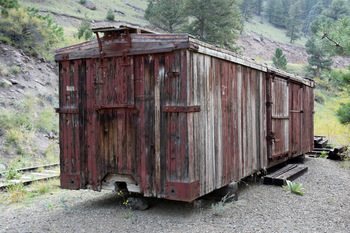 boxcar-shed_02.jpg